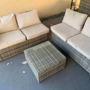 Patio furniture set for Sale in Yorba Linda, CA