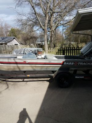 Bass tracker for Sale in Indianola, MS