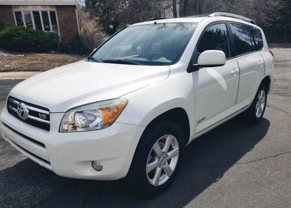 No issues with it Toyota RAV4 06'