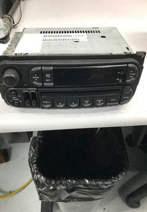 Pt cruiser radio for Sale in Painesville, OH