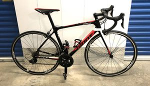 2016 GIANT TCR ADVANCED 2 22-SPEED FULL CARBON ROAD BIKE. BRAND NEW! for Sale in Miami, FL