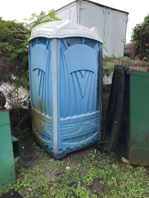 Portable toilet for Sale in Pompano Beach, FL