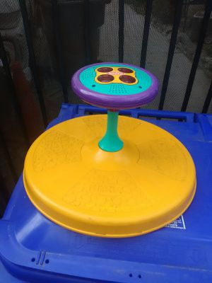 Baby toys and seat for Sale in Rancho Cucamonga, CA