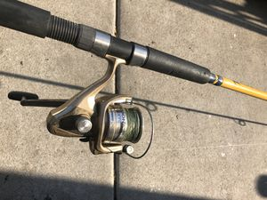Fishing real and rod 9 feet long for Sale in Union City, CA