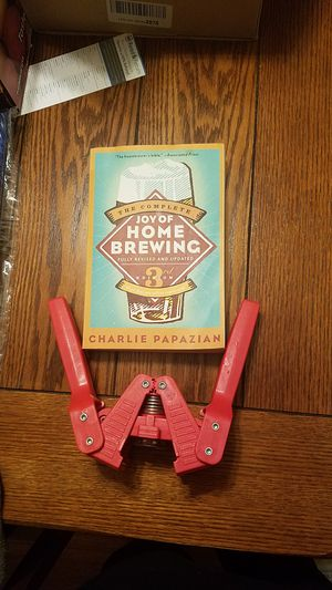 Homebrew beer kit Home Brewers Menu book and bottle capper for Sale in San Diego, CA