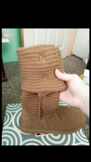 Women's fashion bug boots size 9 new for Sale in Philadelphia, PA