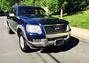 2006 Ford Explorer 4x4 • Advance Trac • freezing Cold AC for Sale in Washington, DC