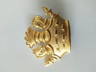 M Jent Chess crown brooch for Sale in Parker,  CO