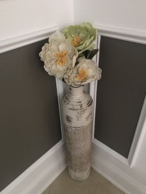 Standing vase with flowers for Sale in Apopka, FL
