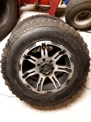 Mud Terrain tires and rims for Sale in PT CHARLOTTE, FL