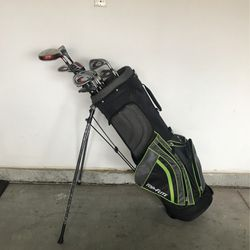 Top Flite Golf Stand Bag With Club Set RH for Sale in Temecula,  CA