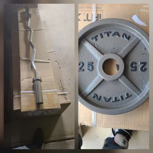 In Box BRAND NEW: EZ CURL BAR + 25lb Weight Plates for Sale in Poway, CA