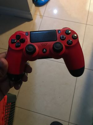 Ps4 dualshock controller for Sale in North Miami Beach, FL