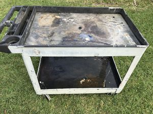 Tool cart Rubbermaid for Sale in Houston, TX