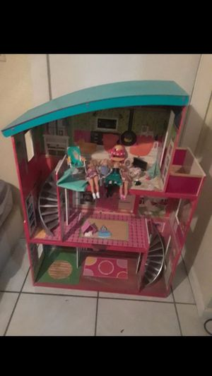Doll house for Sale in Mont Belvieu, TX