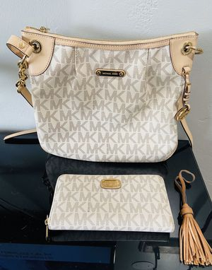 Michael Kors Purse and Wallet for Sale in San Diego, CA