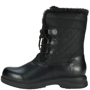 Original Rugged outback Womens boots Sz 13w for Sale in Lynn, MA