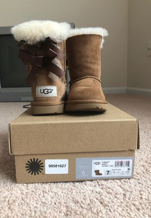 Toddler Ugg Boots size 7 for Sale in Norfolk, VA