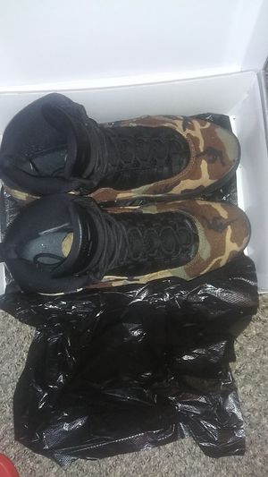 Jordan retro 10 camo size 10.5 for Sale in Pine Lake, GA