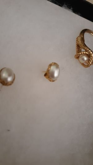Size 3 ring and earrings for Sale in Bloomington, IL
