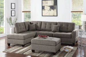 Mocha colored sectional for Sale in Fresno, CA