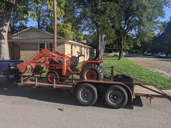 Kubota tractor for Sale in Clifton,  TX