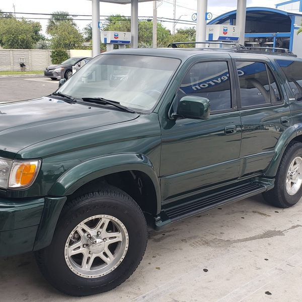 Toyota 4 runner Limited 2wd