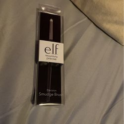 smudge brush from e.l.f. for Sale in Queens,  NY