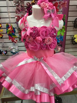 Floral tutu set, shabby chic flower tutu, flower girl tutu dress, jr bride dress, jr bride tutu dress, pageant ooc for Sale in Houston, TX