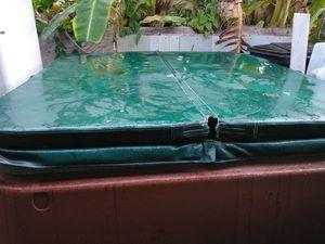 Hot tub for Sale in Pompano Beach, FL