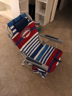 Tommy Bahama foldable/wearable beach chair. for Sale in Anaheim, CA