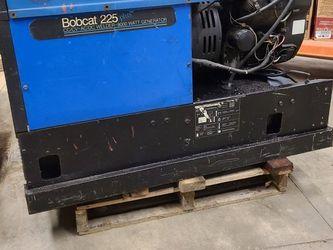 Miller Bobcat 225 , 8000w Weder Generator Gasoline porwered 18hp Kohler Command for Sale in Naperville,  IL