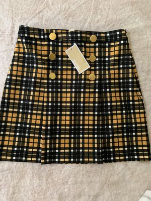 Michael Kors Sweater, skirt , hoodie size (s) for Sale in Renton, WA