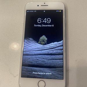 Iphone 8 (Unlocked Silver 64GB ) for Sale in Kennewick, WA