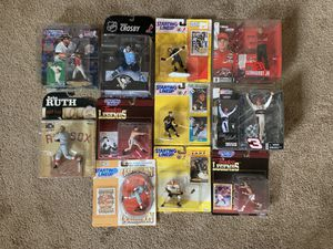 60 + Pristine Sports Action Figures for Sale in Dublin, OH