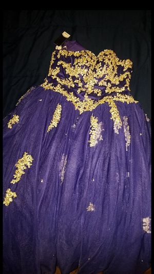 Size 4 quinceanera dress ***on sale for Sale in Houston, TX