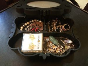 Jewelry box and random costume jewelry for Sale in Las Vegas, NV