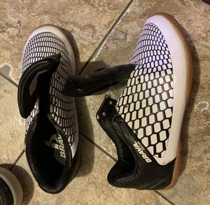 Boys size 13 shoes for Sale in Dallas, TX
