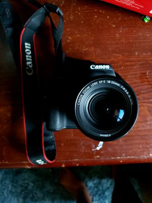 Camera Canon Rebel SL2 18-55mm lense for Sale in Phoenix, AZ