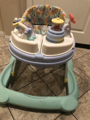 Pooh bear baby walker for Sale in Fontana, CA