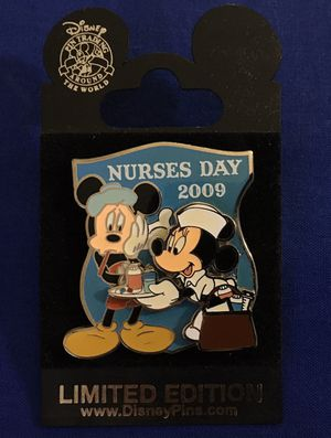 Disney Nurses Day Minni & Mickey Mouse for Sale in Fort Lauderdale, FL