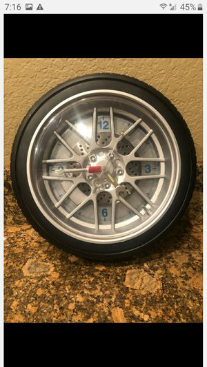 TIRE RIM GEAR CLOCK WALL MOUNTABLE for Sale in Fontana, CA