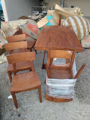 6 seater Kitchen Table and Chairs for Sale in Tucson, AZ