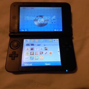 Nintendo 3ds xl for Sale in Greenville, PA