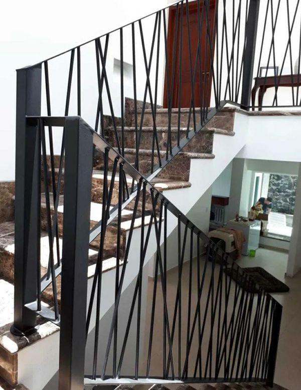 Carport,firepit,flower pots, stairs,iron, steel, cochera exterior,maceteros, escaleras