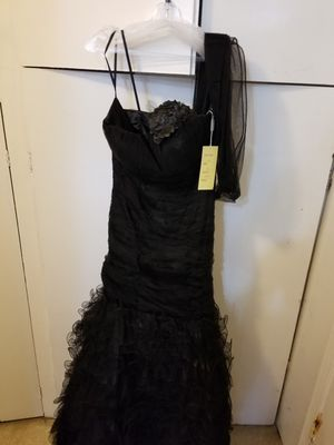 WOMEN'S BLACK LACE WEDDING DRESS NWT SIZE 12 for Sale in Montclair, CA