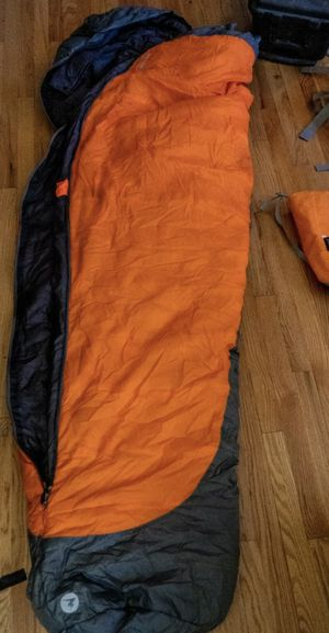 Marmot Trestles 0 degrees synthetic sleeping bag (long) for Sale in West Covina, CA