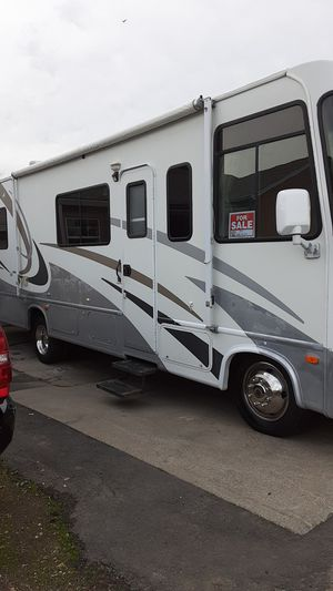 2005 Hurricane by Thornton 32 foot Class A motorhome 22000 MI for Sale in San Lorenzo, CA