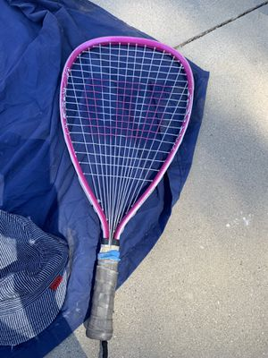 Pink tennis racket for Sale in Moreno Valley, CA