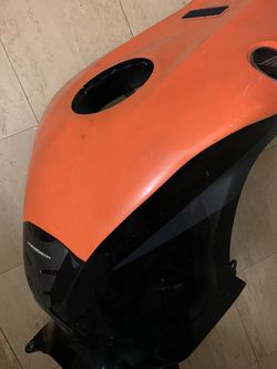 2010 Cbr 1000 RR Tank Cover for Sale in White Plains,  NY
